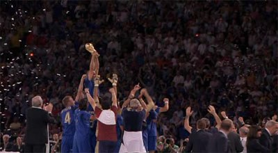 Italian players lifting the trophy