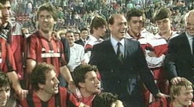 Silvio Berlusconi and Milan players